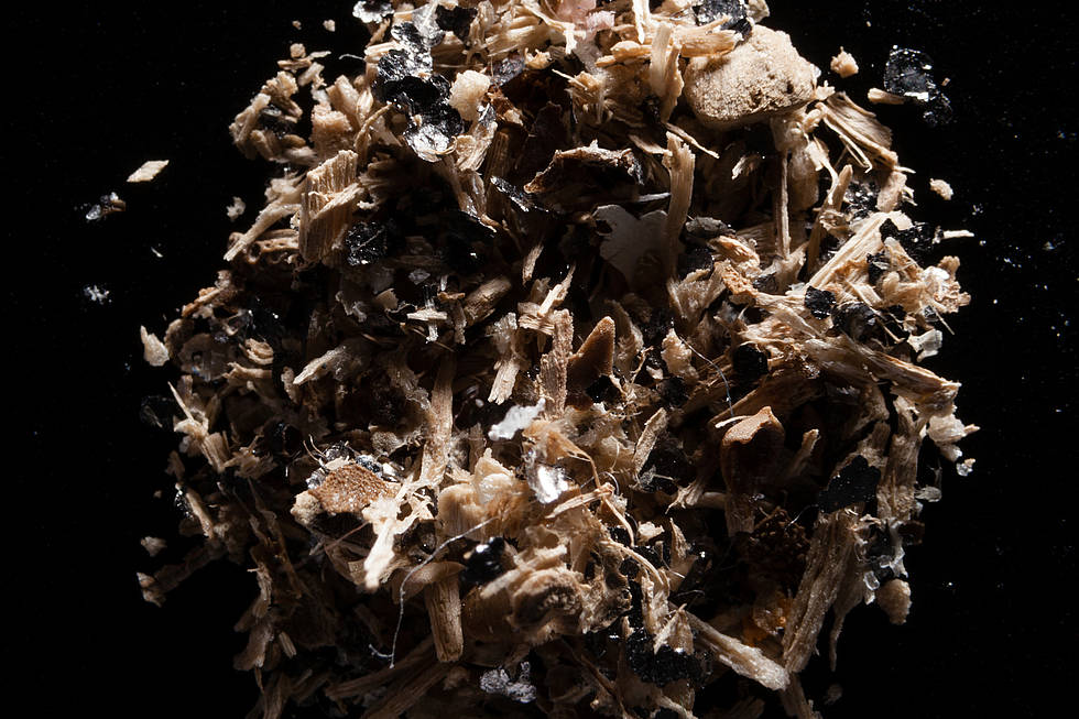 Microplastics: A sample from the Patapsco River, US, contains a large amount of foil.