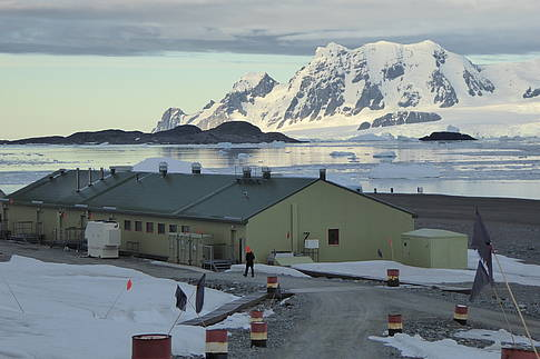 The Bonner laboratory at Rothera station. Picture: S. Trimborn
