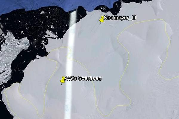 Location of AWS Søråsen and Neumayer_III