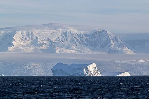 Iceberg in front of the antarctic peninsula