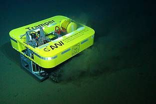 AWI-Tiefseeroboter TRAMPER am Meeresgrund
