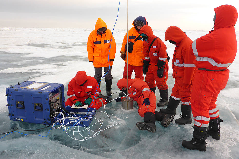 Measuring the methan concentration of the ice